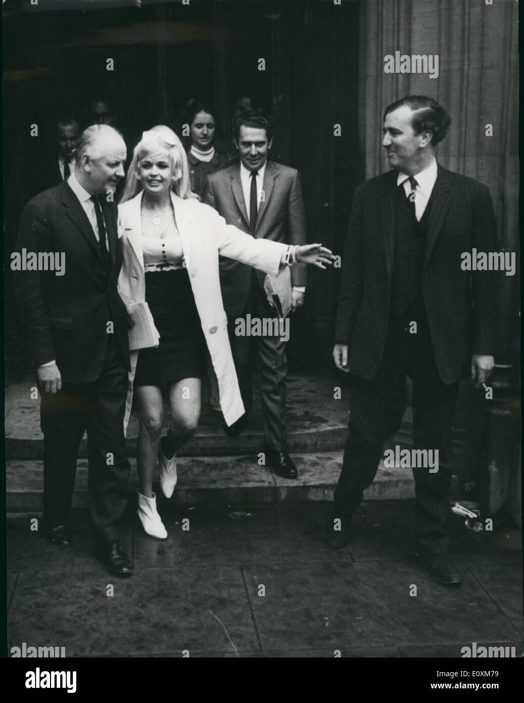 Apr 04 1967 jayne mansfield visits house of commons jayne mansfield