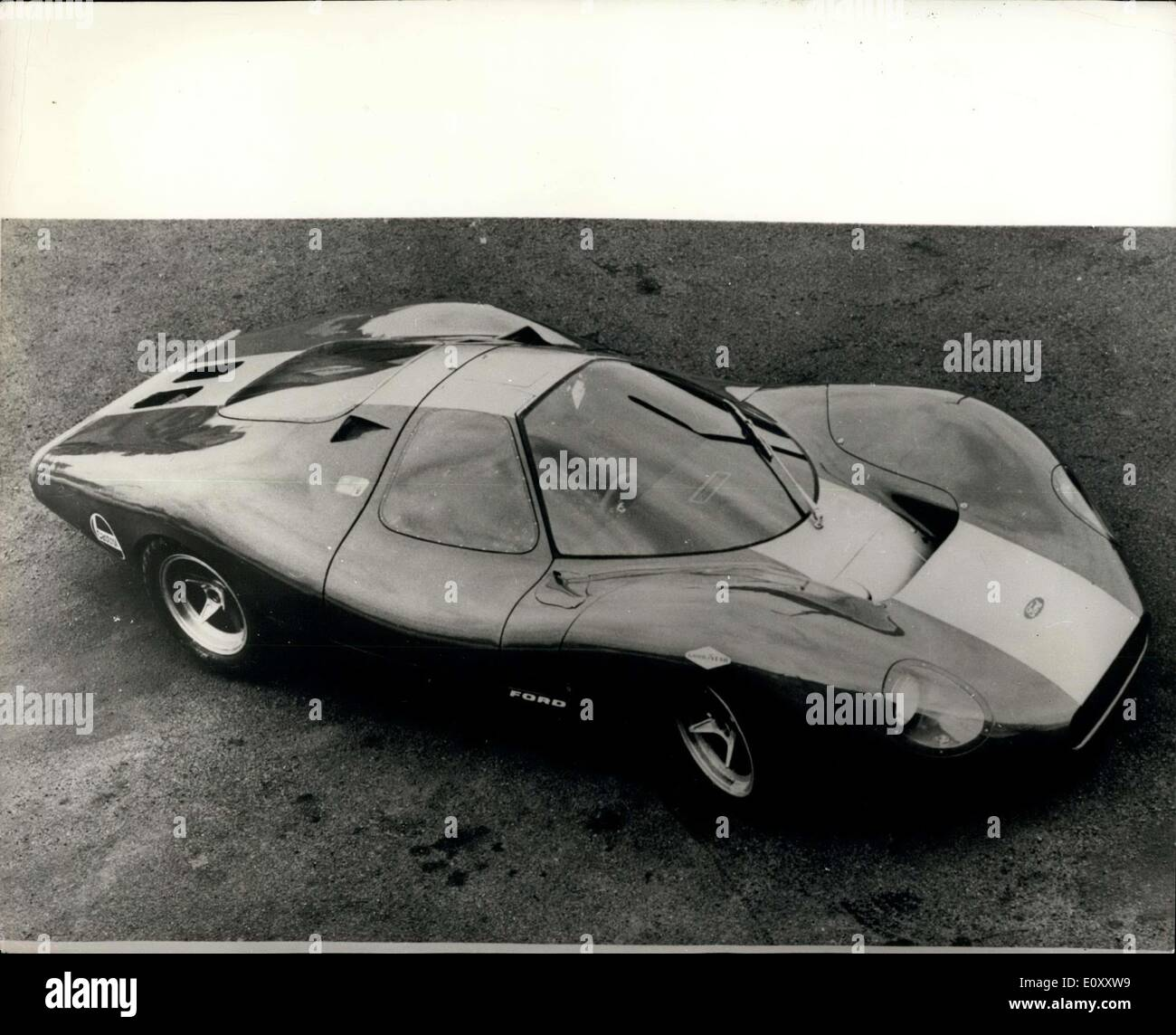 Mar Ford To Race MPH Sports Car Photo Shows The - Current sports cars