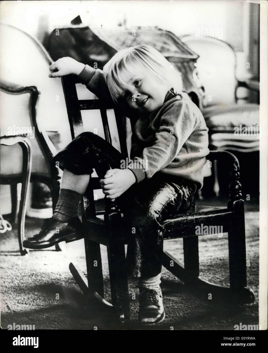 Apr 25 1971 young prince willem alexander of holland for Alexander holland
