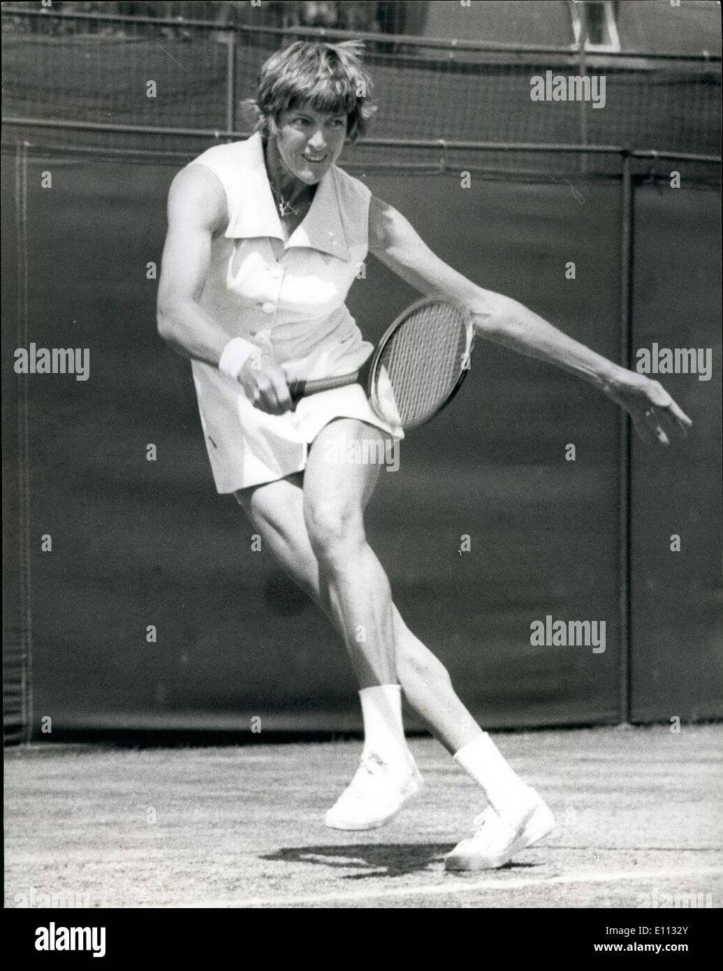 Jun 06 1975 Tennis at Wimbledon Mrs Court V Miss Tomanova