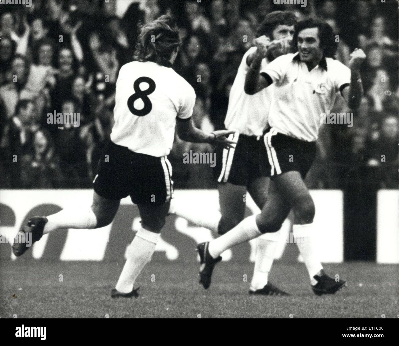 Sep 04 1976 George Best Returns to the Soccer Scene Plays for