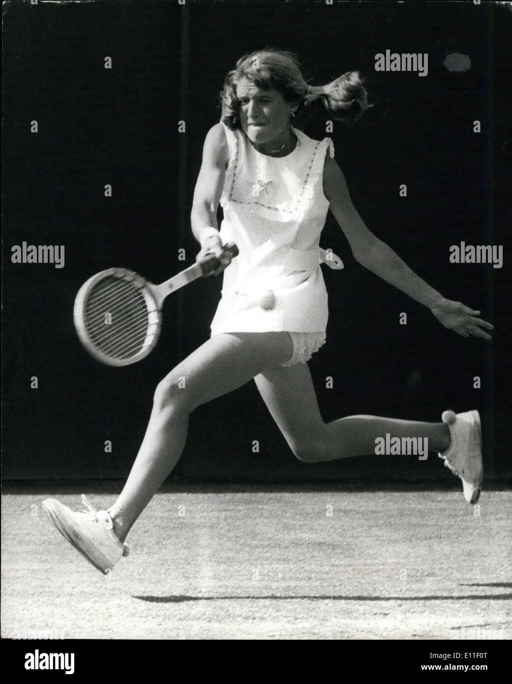 Jun 22 1977 Wimbledon Tennis 14 year old Tracy Austin wins
