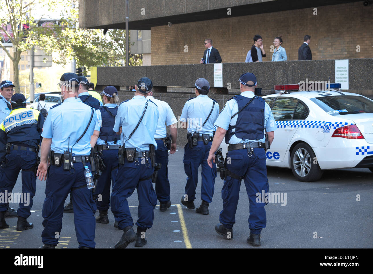 how to become a police officer nsw