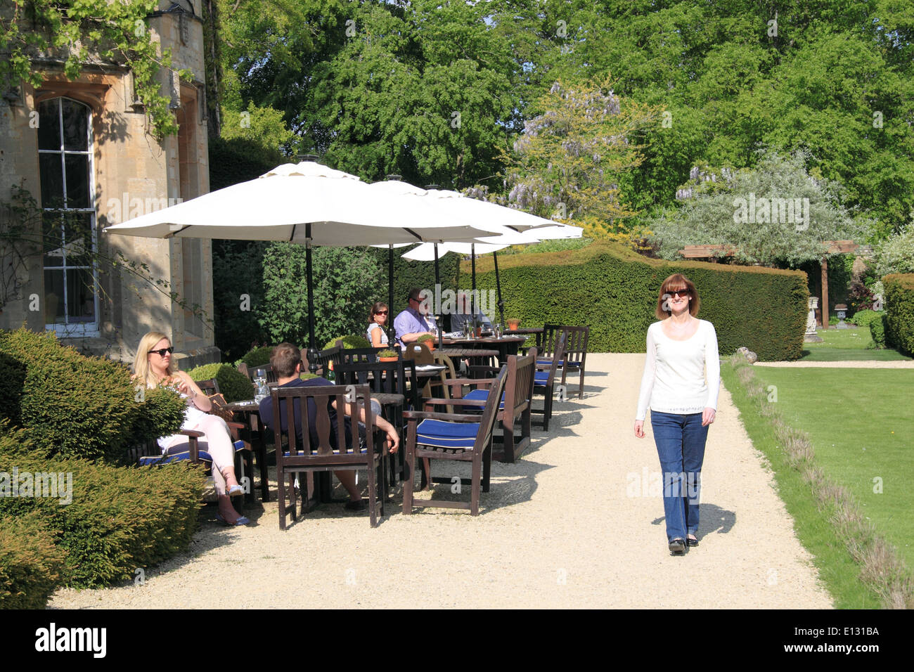 The terrace at the manor 16thc hotel weston on the green for Terrace on the green