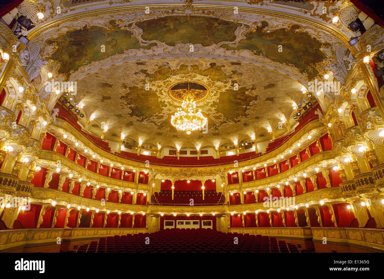 Grand Opera House Seating Bliblinewscom