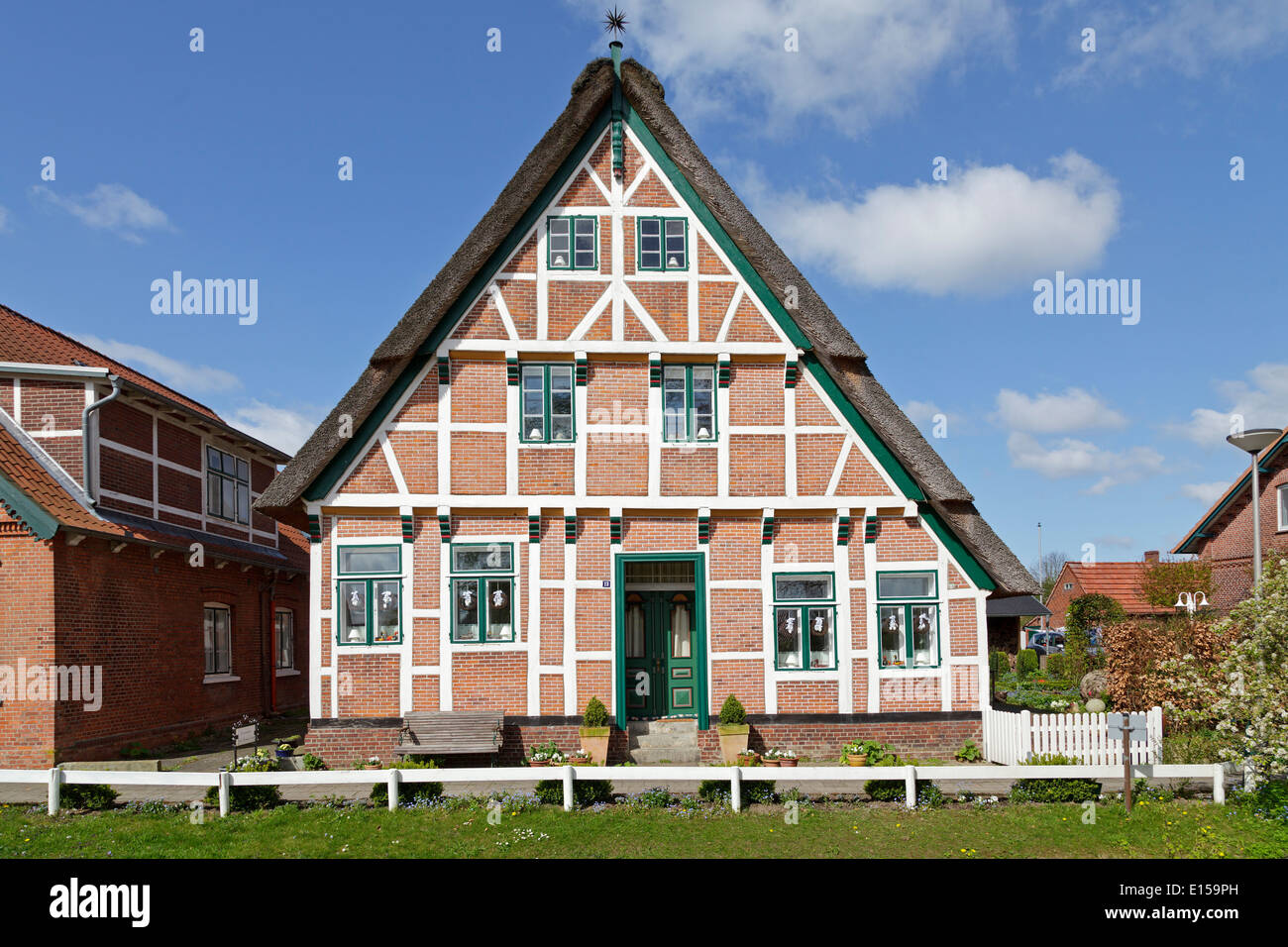 frame house borstel altes land old country lower saxony germany stock photo royalty free. Black Bedroom Furniture Sets. Home Design Ideas