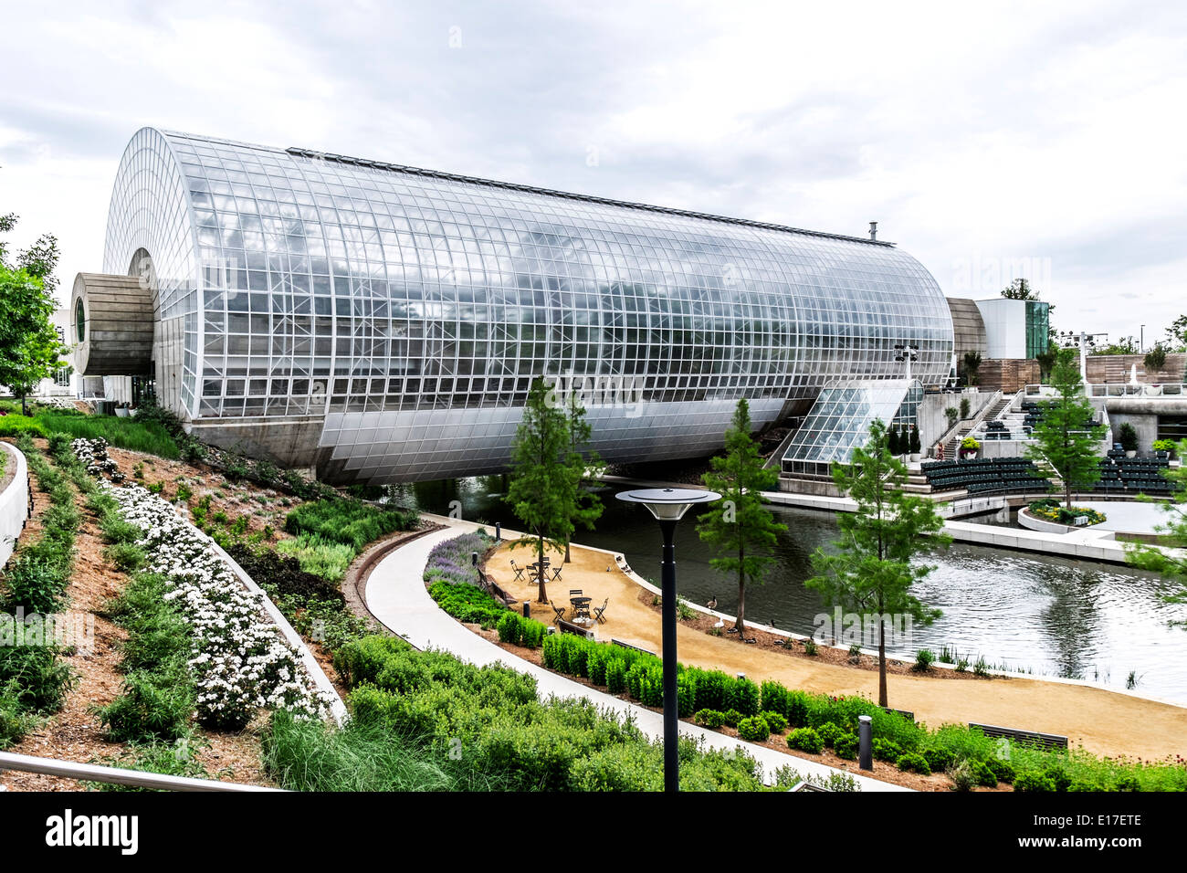 Gentil The Crystal Bridge Located In The Myriad Botanical Gardens In Downtown Oklahoma  City, USA, At Reno And Robinson