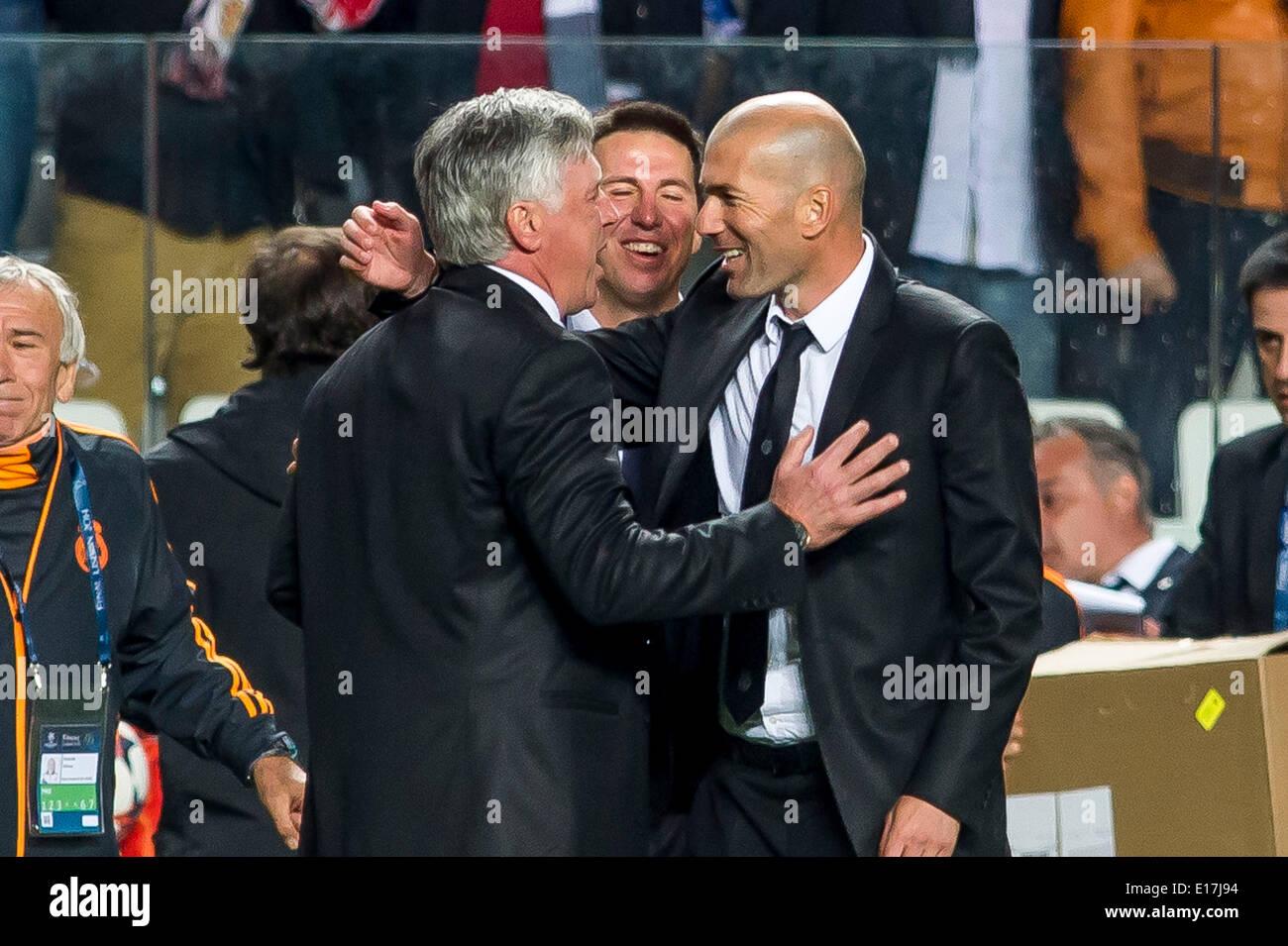 Zinedine Zidane Family 2014 Lisbon, Portuga...