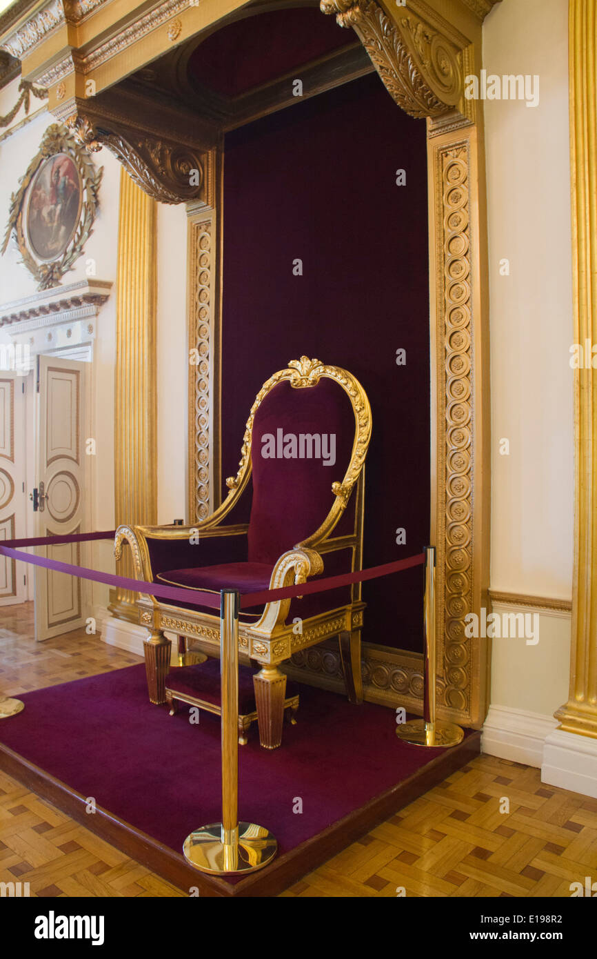 Throne for King George IV in 1821 in the Throne room of Dublin Castle;once & Gold Throne Stock Photos u0026 Gold Throne Stock Images - Alamy