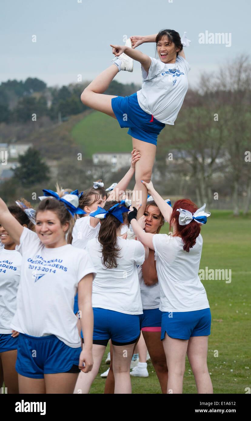 tarannau u0027 aberystwyth university american football cheerleaders