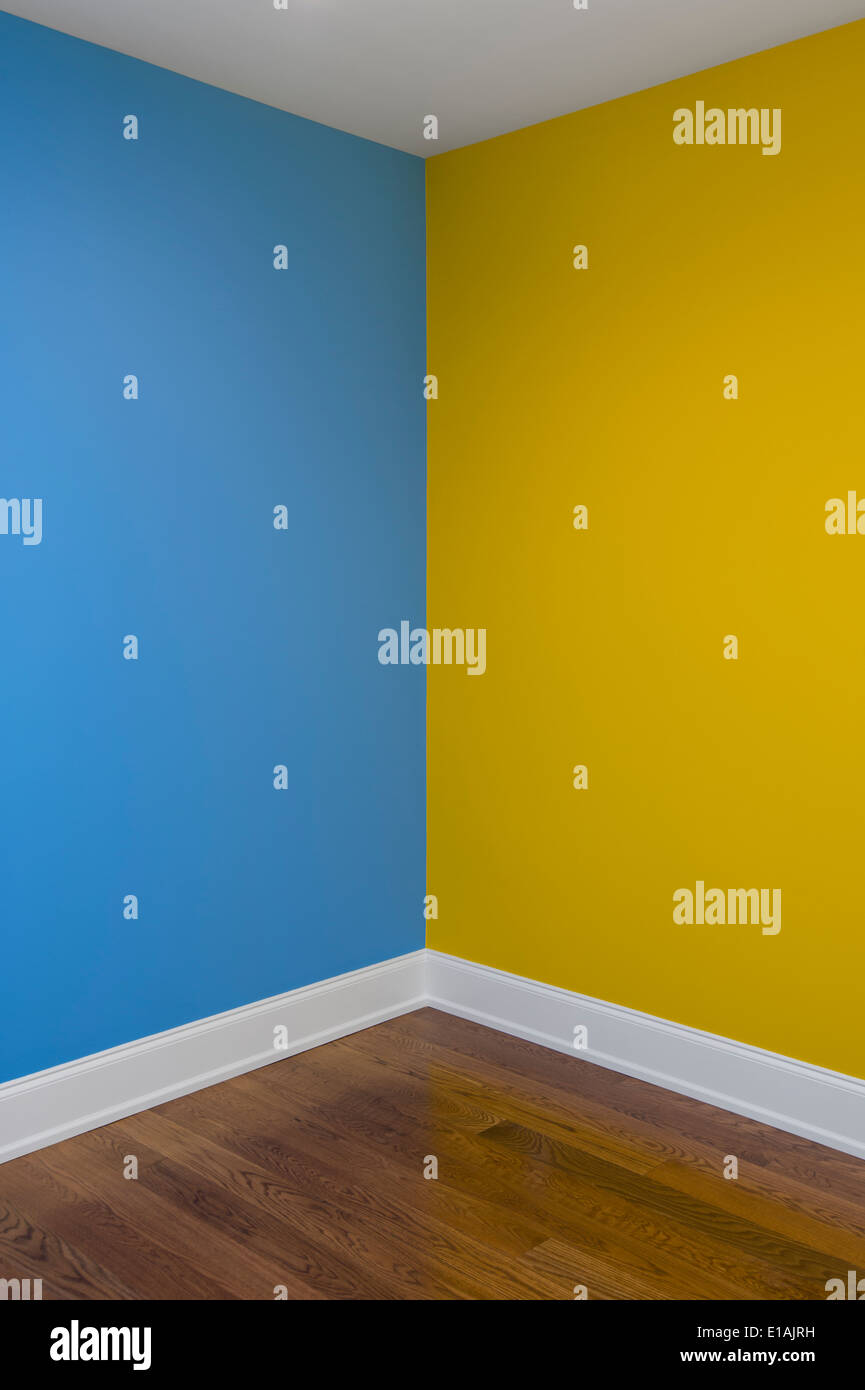 Bedroom paint two different colors - Corner Of Room With Walls Painted Two Different Colors