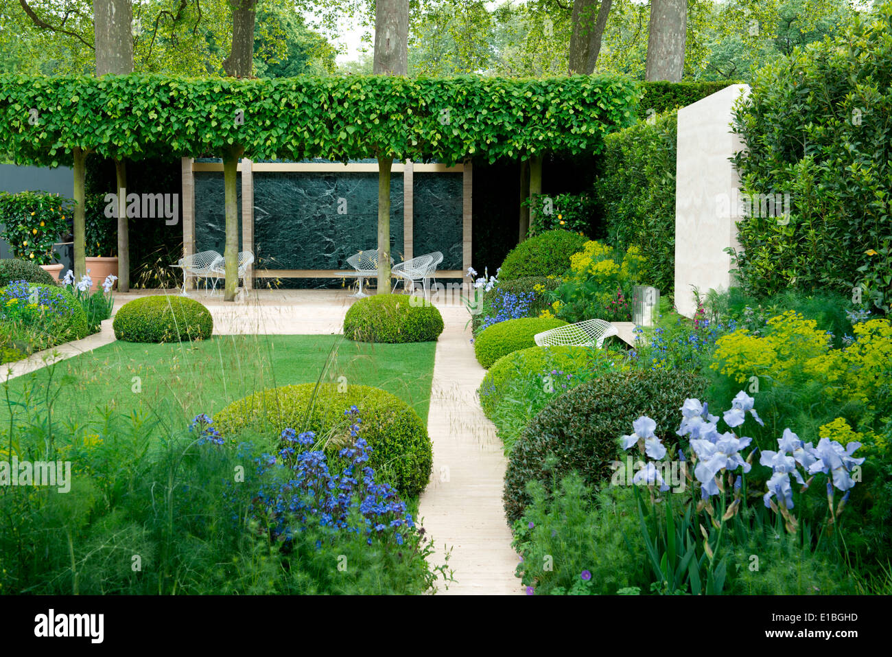 The Telegraph Garden A Gold Medal Winner At The Chelsea