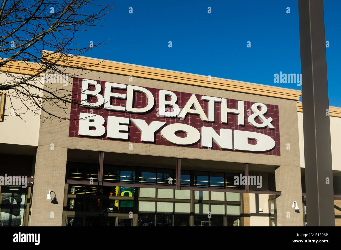 bed bath beyond is a retailer of home decor and appliances stock