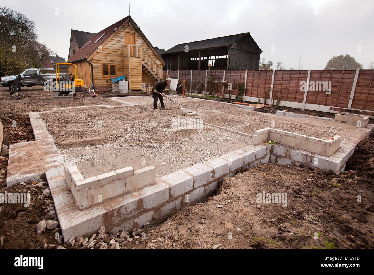 Self building house levelling foundation infill with for Foundation for homes