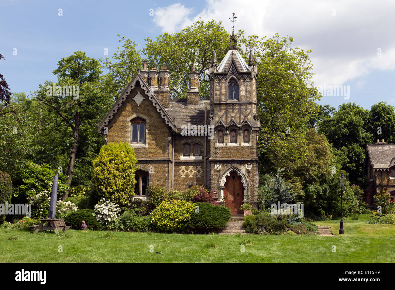 Victorian Gothic House. Amazing Small Gothic Victorian House Plans ...