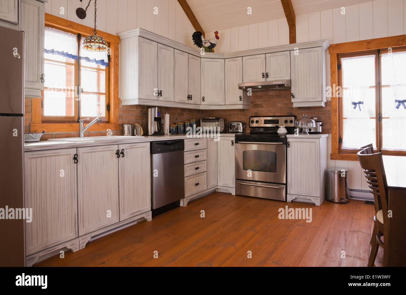 Country Style Kitchen Inside The Extension A Canadiana Cottage Fieldstone Residential Home Built To Look Old In 2002