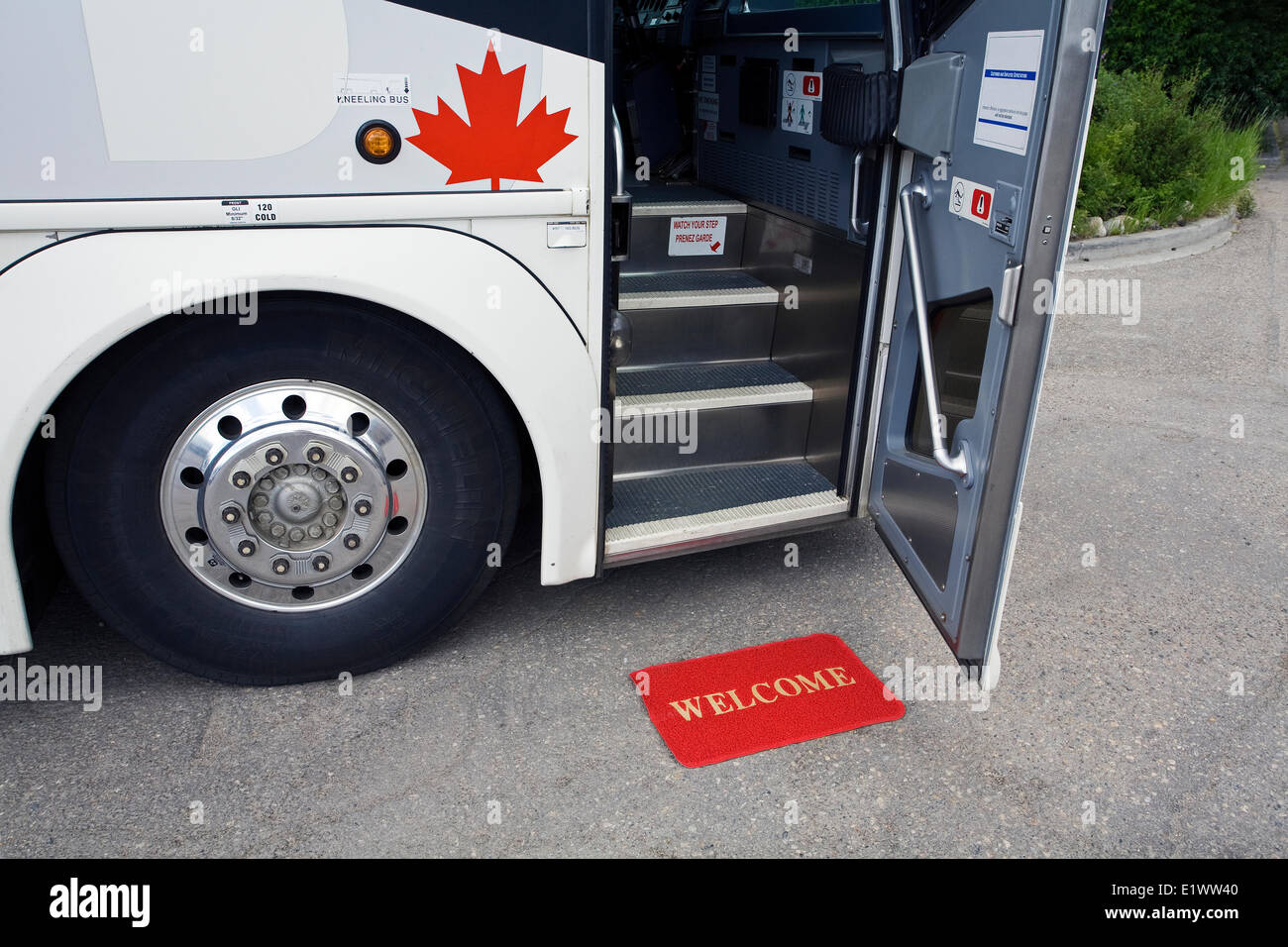 Floor mats canadian tire - Greyhound Bus With Open Door And Welcome Mat Canada Stock Image