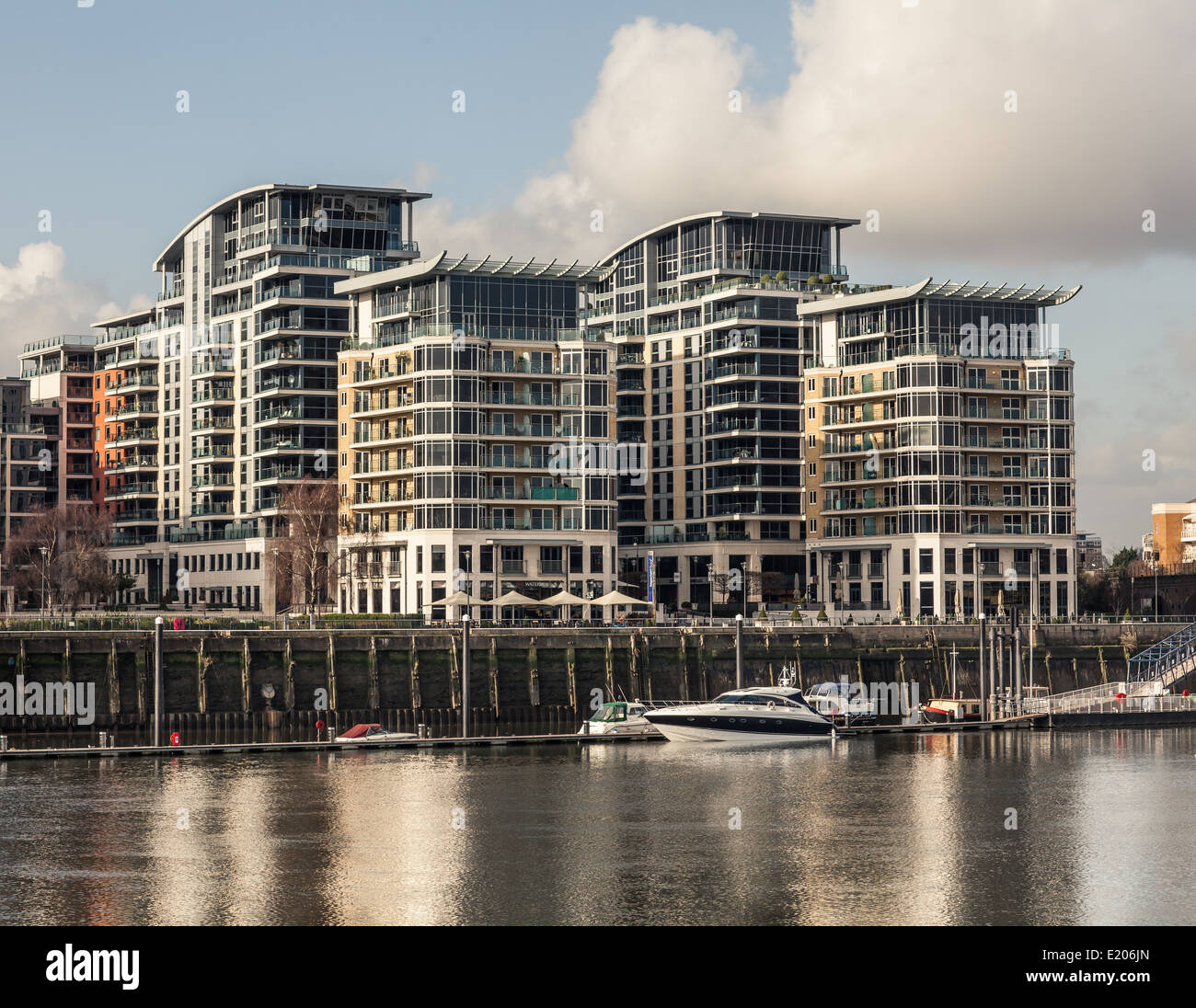 Luxury Waterside Apartments In Chelsea, London On The Banks Of The River  Thames