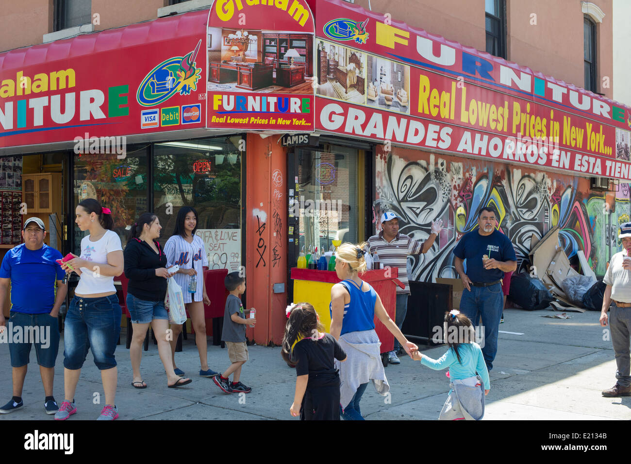 A Furniture Store On Busy Graham Avenue In The Bushwick Neighborhood Stock Photo 70095211 Alamy