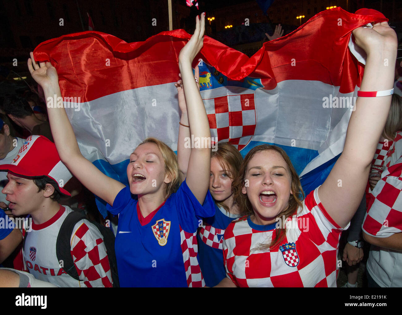 Football Fans Body Paint World Cup ~ Body Painting World Cup |Croatia Soccer Fans