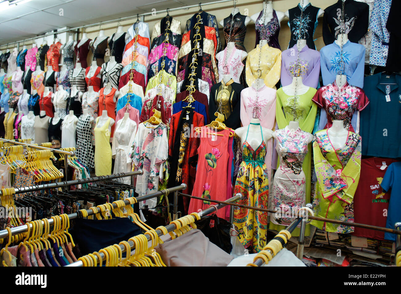 Vietnam shopping online clothes