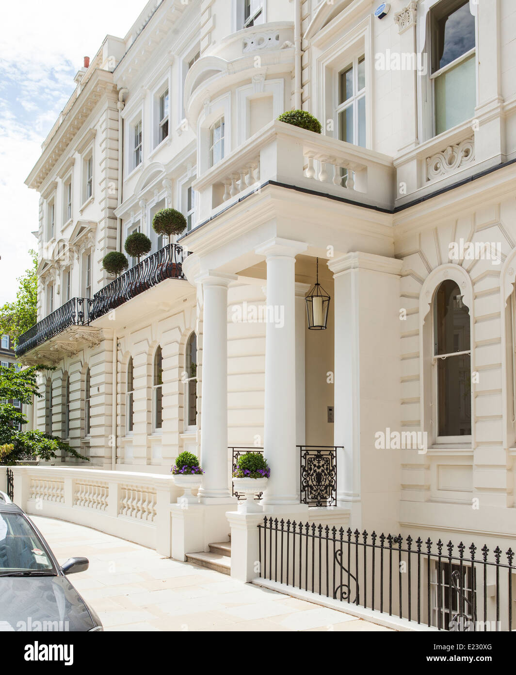 A white stucco house in notting hill london stock photo for House notting hill