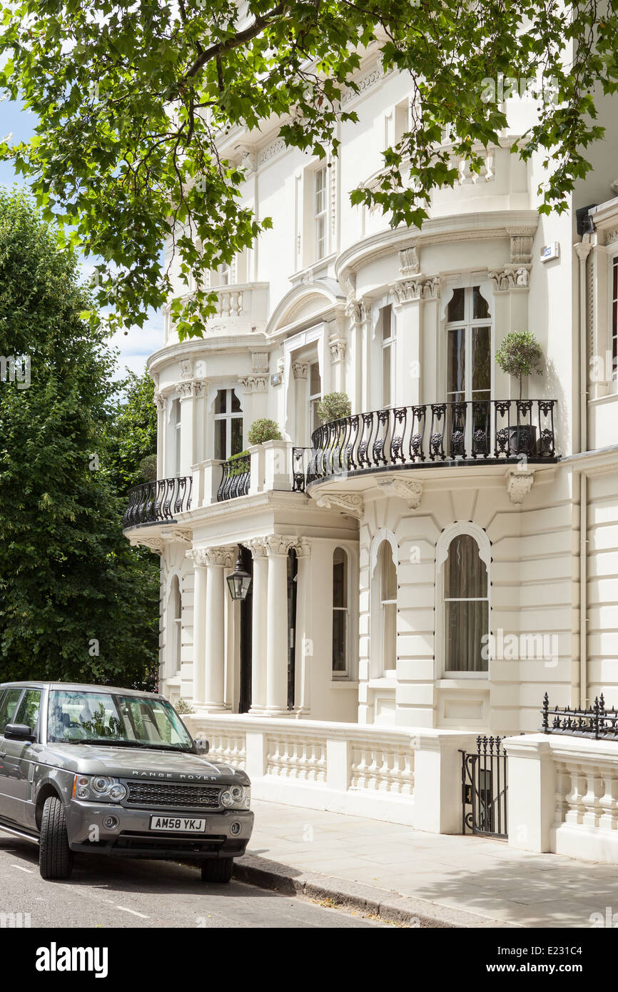 A White Stucco House In Notting Hill London Stock Photo