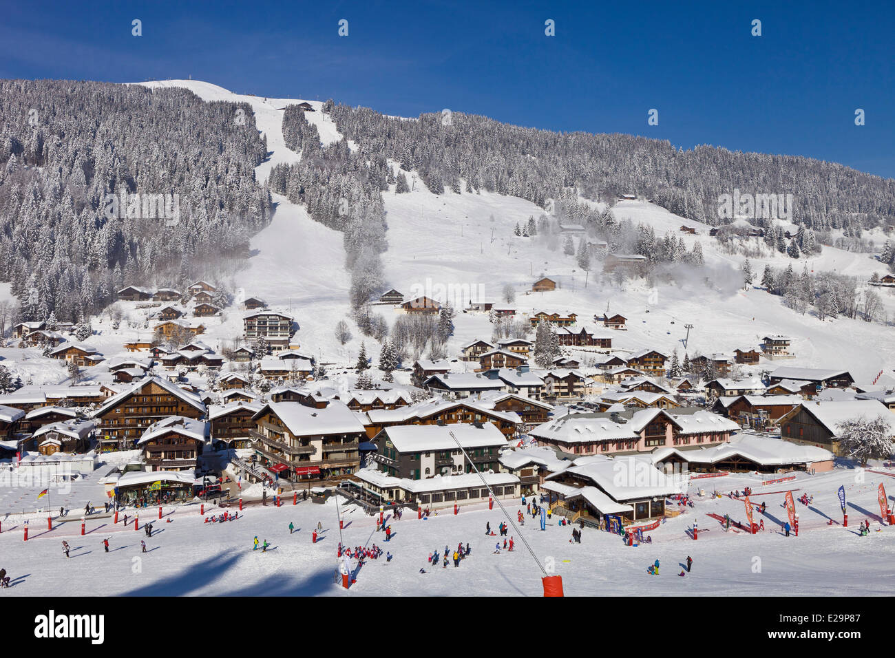 france haute savoie domaine des portes du soleil skiing area les stock photo royalty free. Black Bedroom Furniture Sets. Home Design Ideas