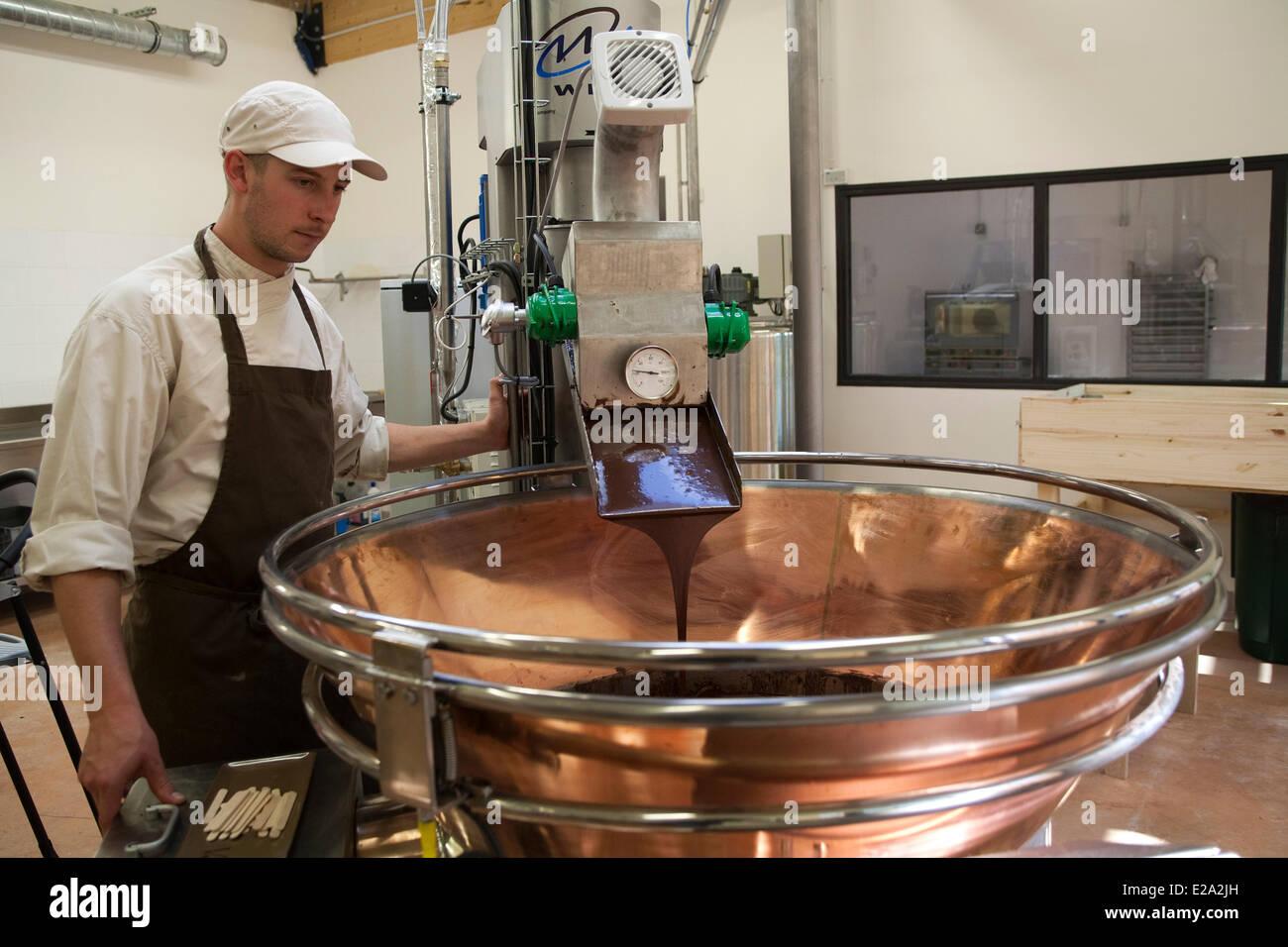 Chocolate Maker Stock Photos & Chocolate Maker Stock Images - Alamy
