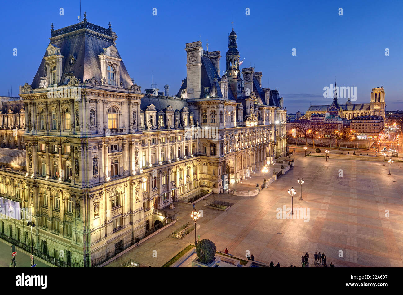 Basilica Foyer Elysium Hotel : France paris the hotel de ville city hall and notre