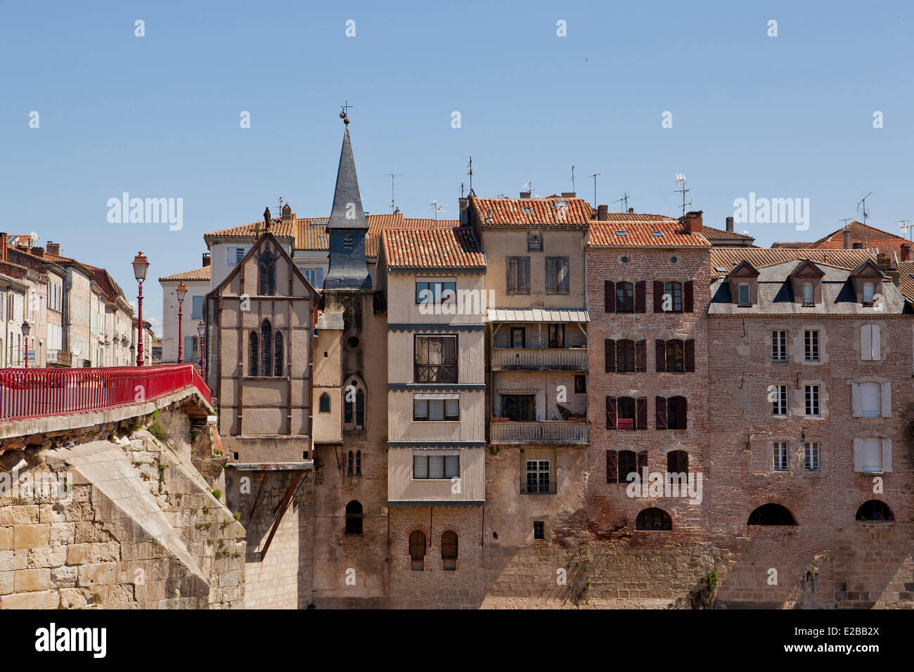 france lot et garonne villeneuve sur lot the bastide medieval stock photo royalty free. Black Bedroom Furniture Sets. Home Design Ideas