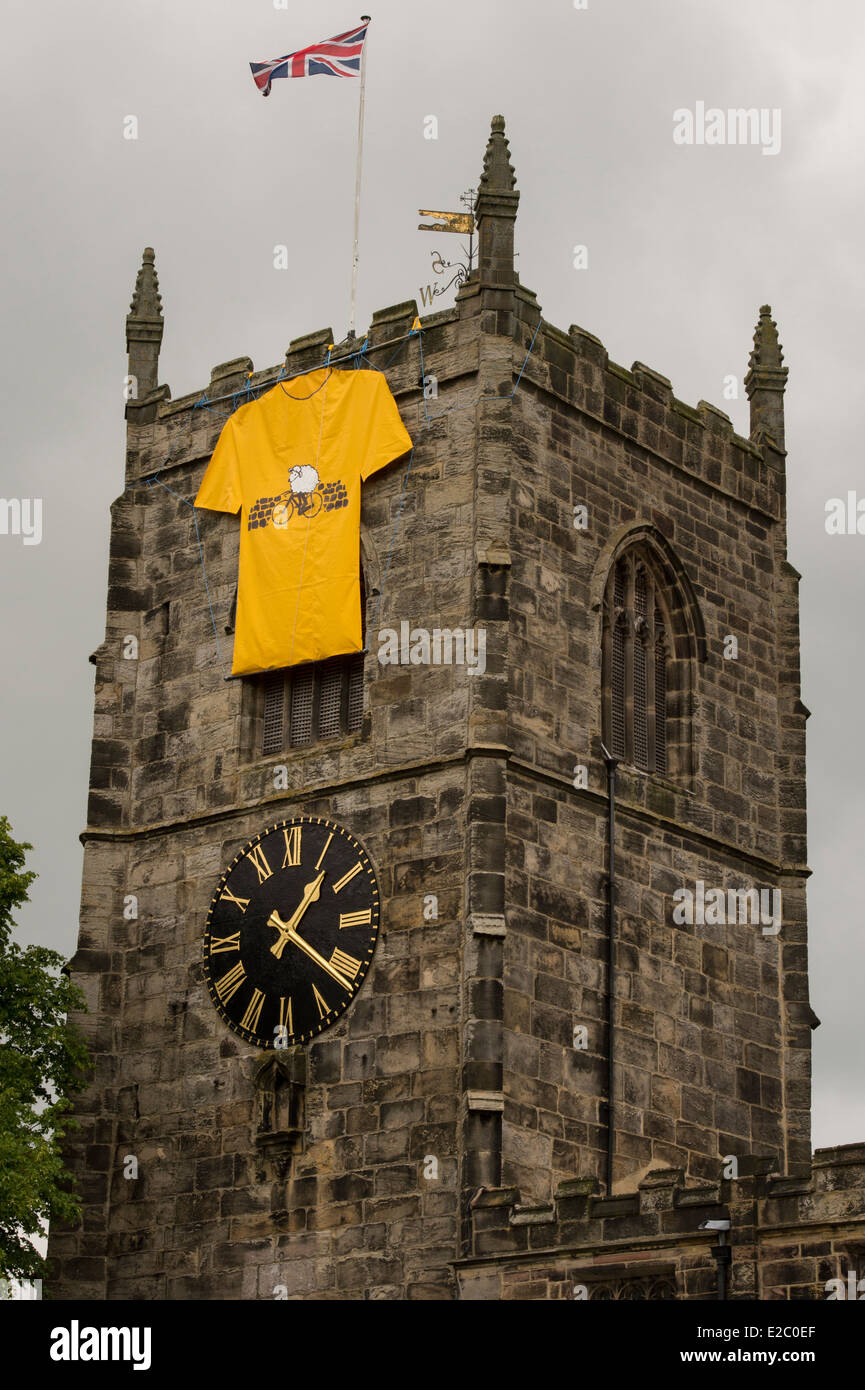 holy trinity church skipton is decorated for the tour de france stock photo 70334615 alamy. Black Bedroom Furniture Sets. Home Design Ideas