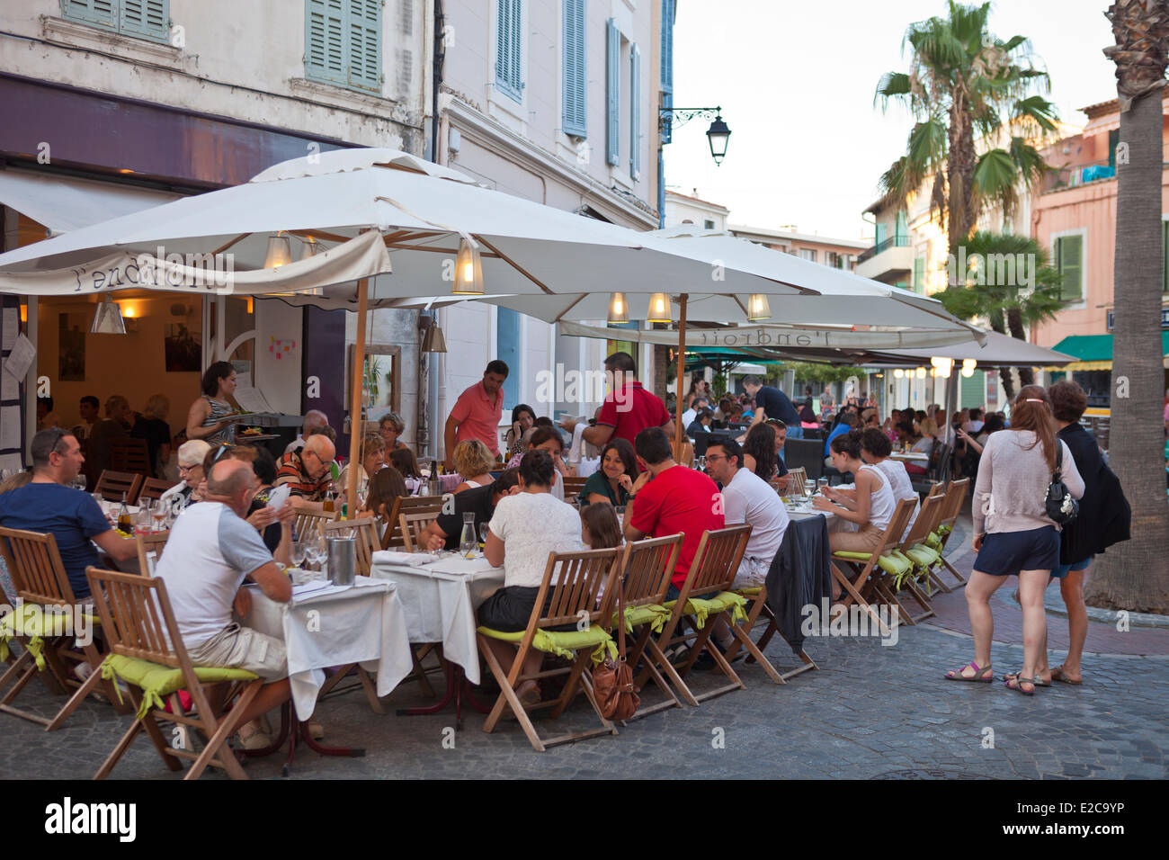france var sanary sur mer restaurants in the marina stock photo royalty free image 70342042. Black Bedroom Furniture Sets. Home Design Ideas