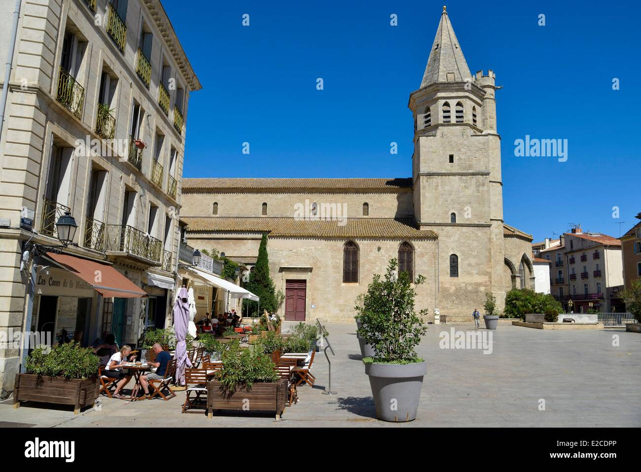 france herault beziers square of the madeleine coffee terrace in stock photo royalty free. Black Bedroom Furniture Sets. Home Design Ideas