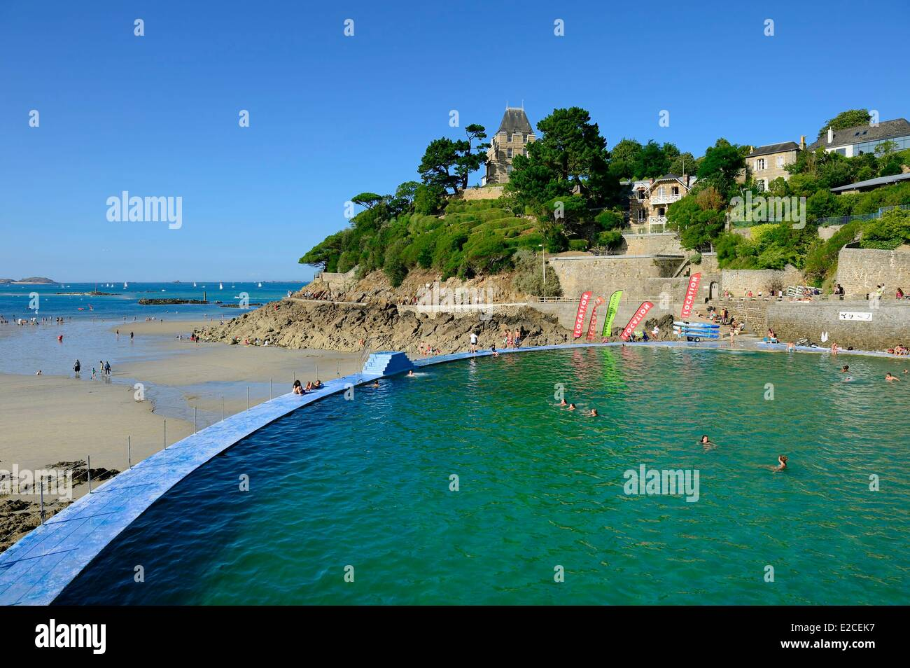 France ille et vilaine emerald coast dinard plage de l for Piscine dinard
