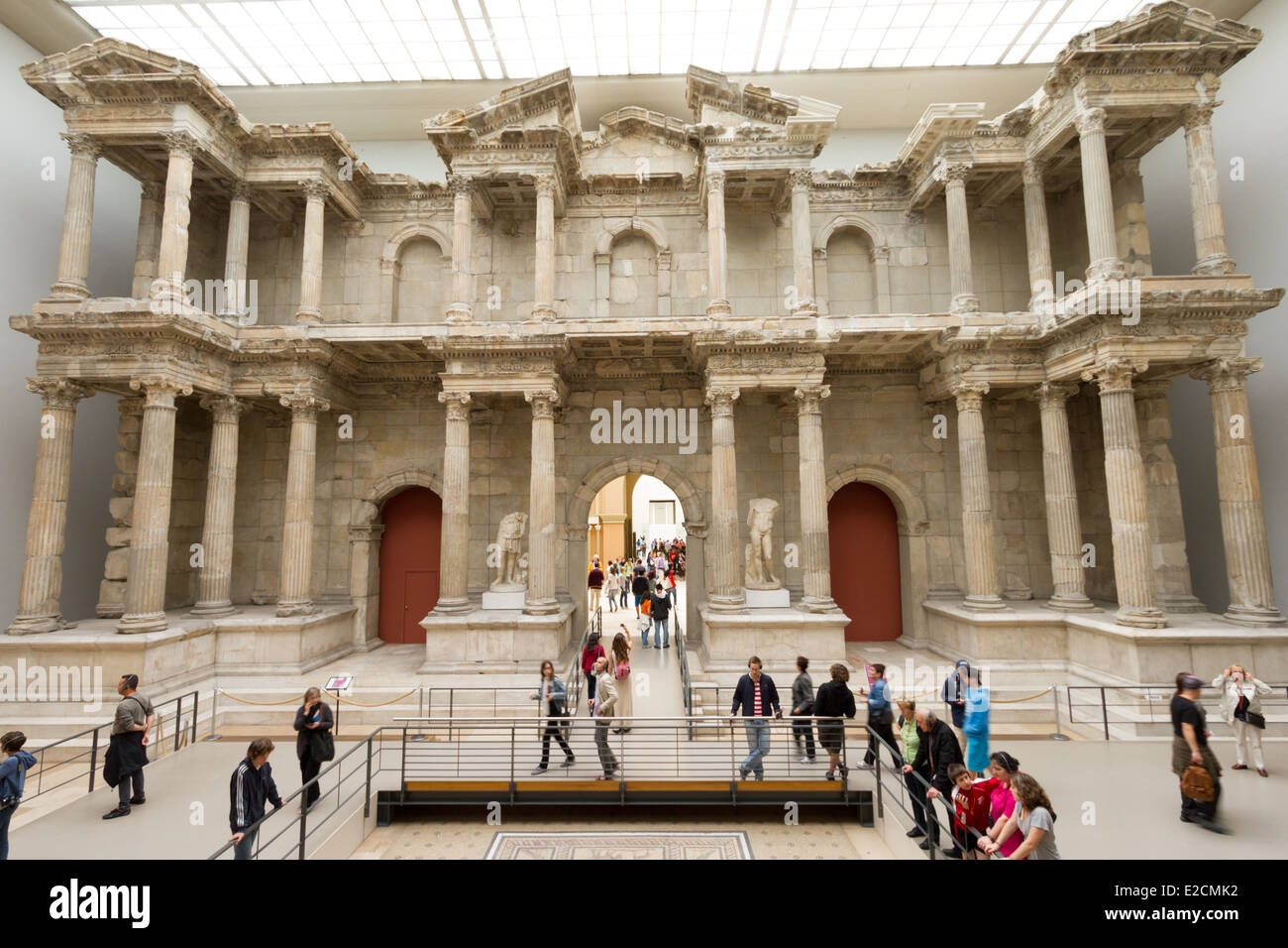 Reconstructed Market Gate from Miletus at Pergamom Museum ...