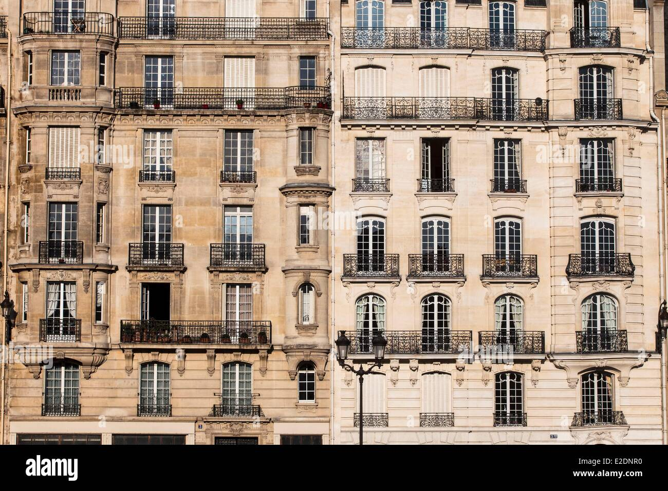 france paris haussmann building facade stock photo royalty free image 70373268 alamy. Black Bedroom Furniture Sets. Home Design Ideas
