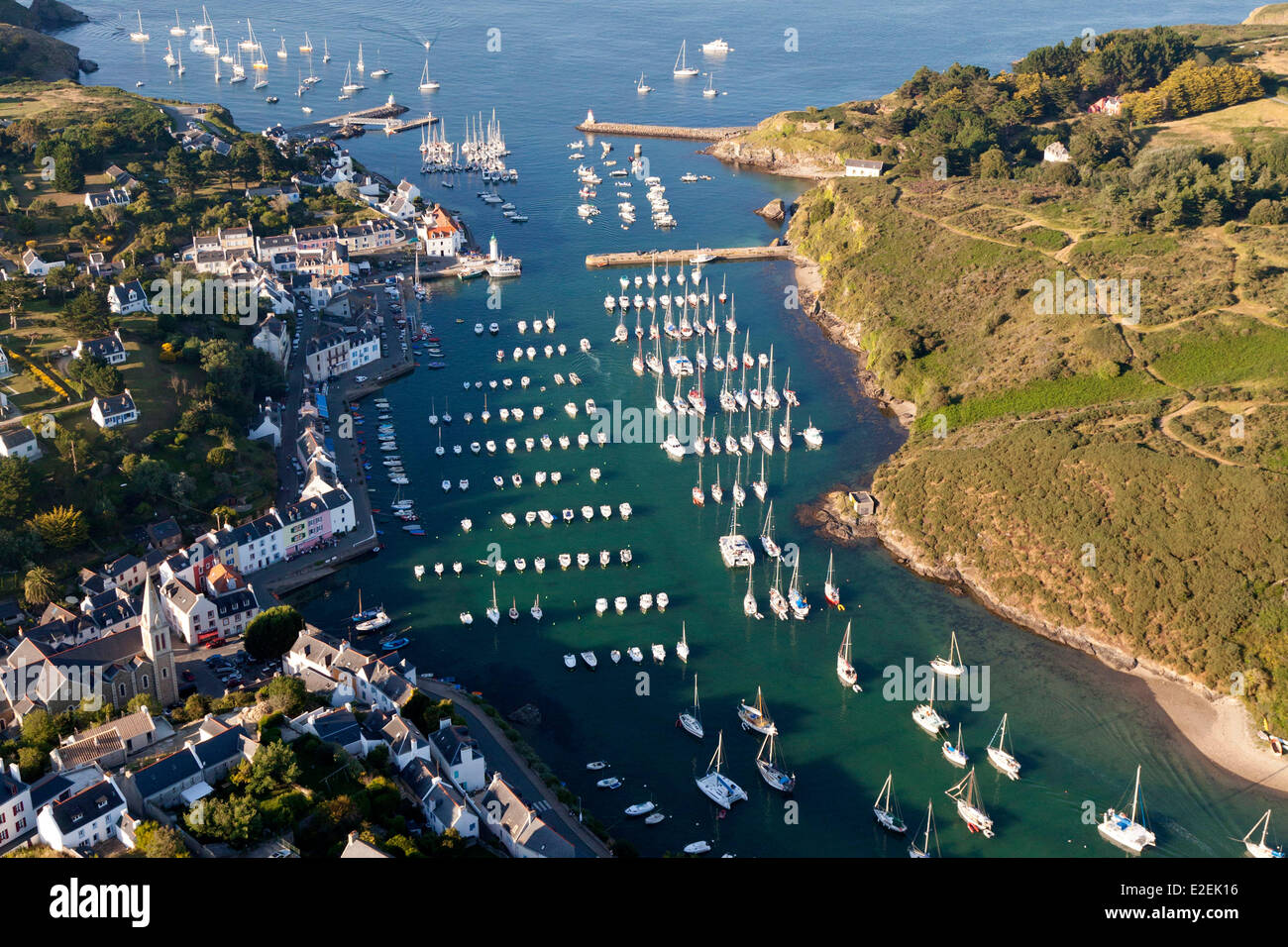 france morbihan belle ile en mer sauzon aerial view stock photo 70393042 alamy. Black Bedroom Furniture Sets. Home Design Ideas