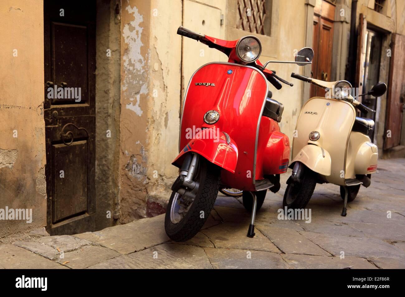 Italy tuscany arezzo vespa stock photo royalty free for Vespa com italia