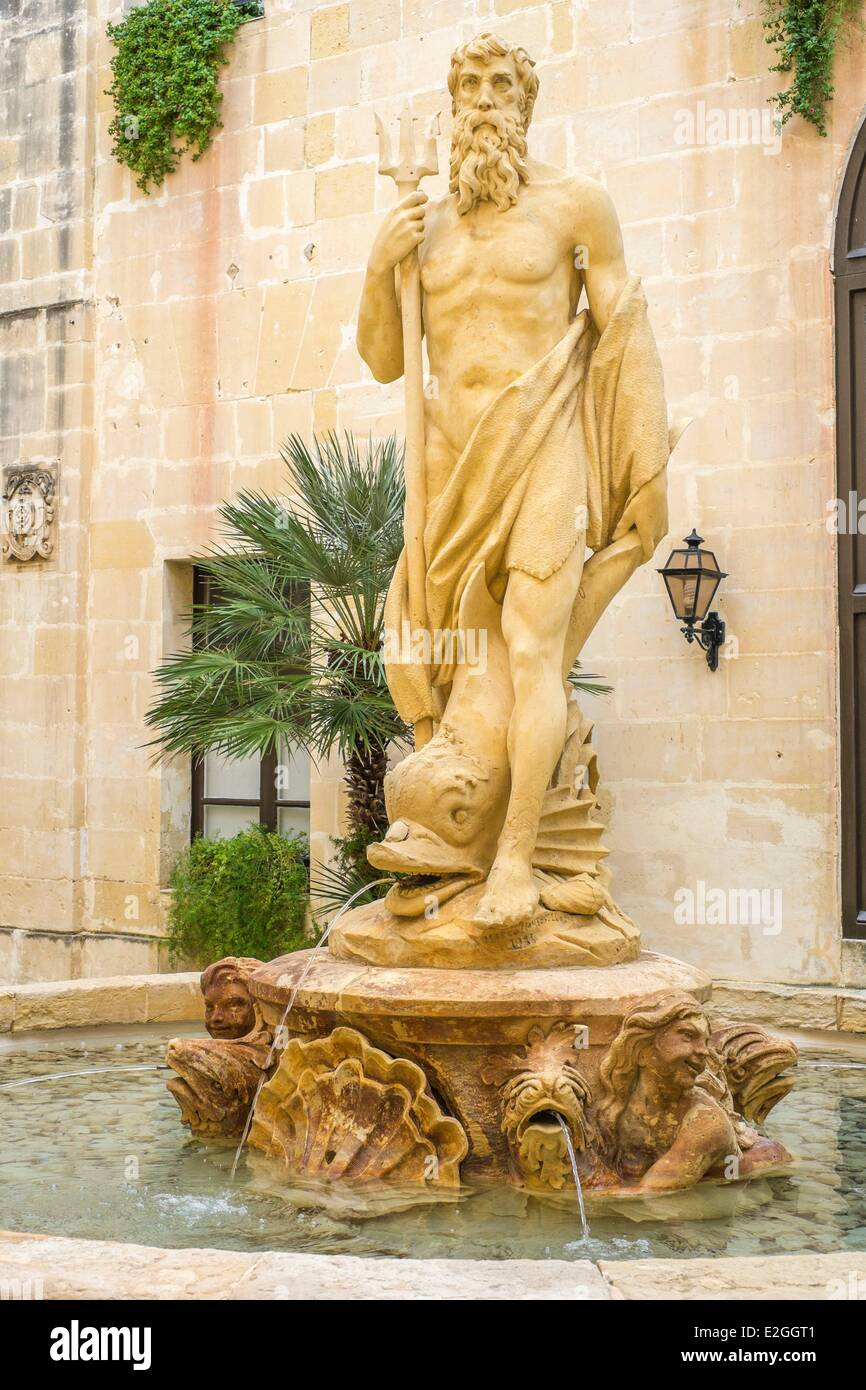 Water fountains masters - Malta Floriana Montgomery House Built By Grand Masters Now Middle Sea House