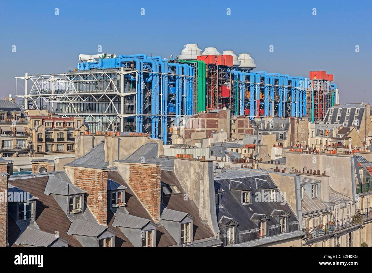 france paris pompidou center by architects renzo piano richard rogers stock photo royalty free. Black Bedroom Furniture Sets. Home Design Ideas