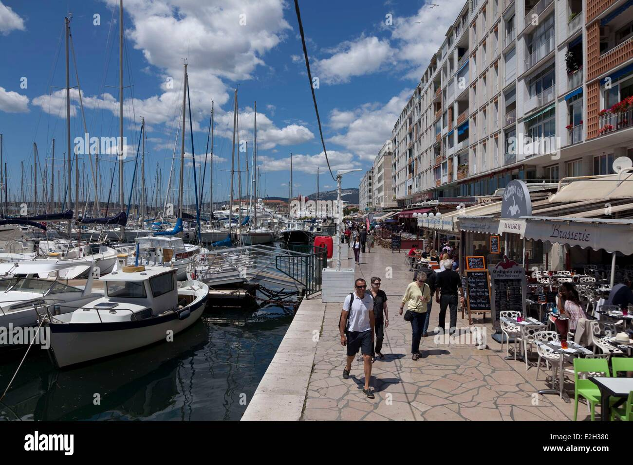 France var toulon le port terrasse de restaurant du port france var stock photo royalty free - Boutique terrasse du port ...