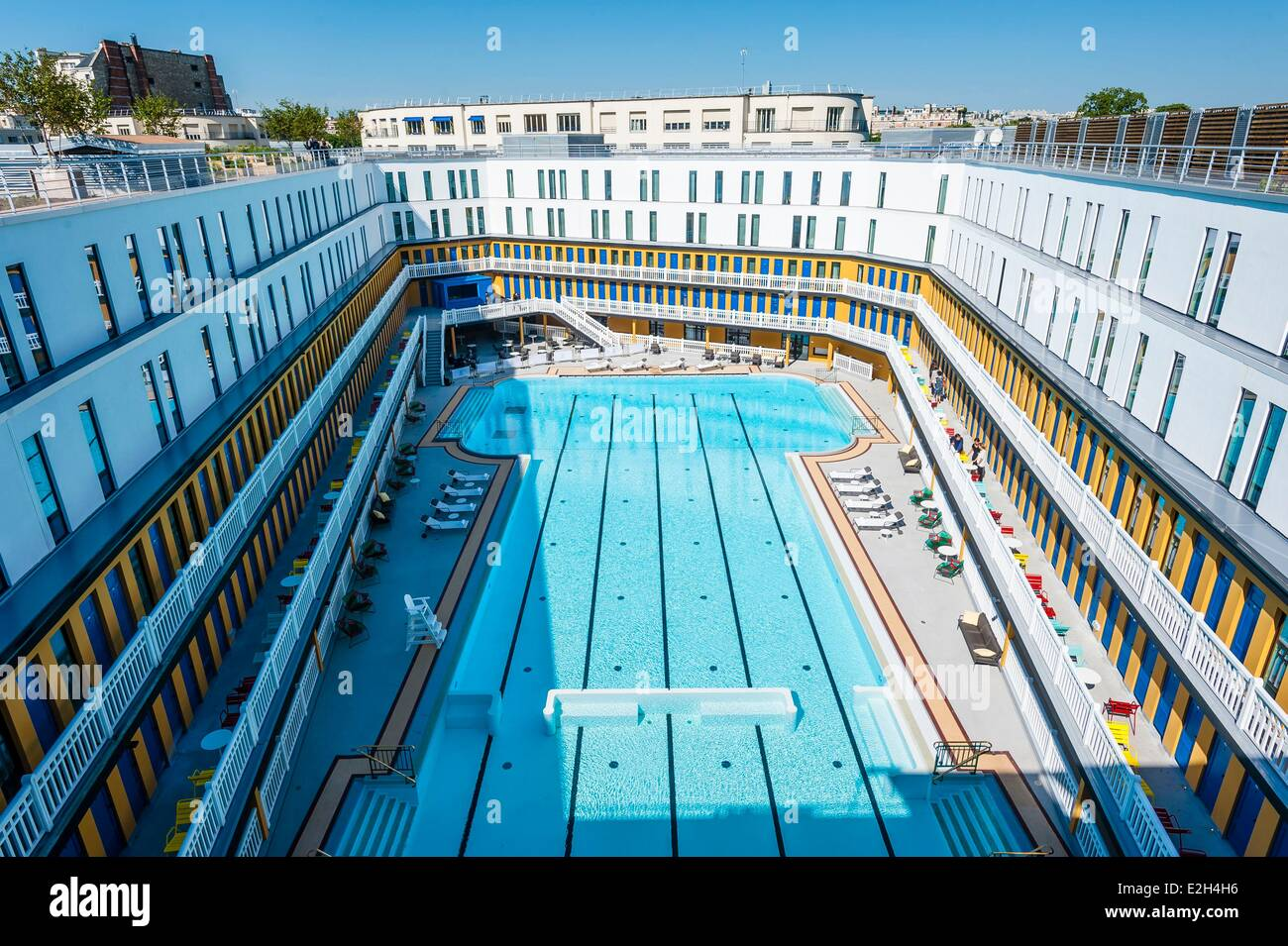 France paris hotel molitor swimming pool opening in may for Molitor paris