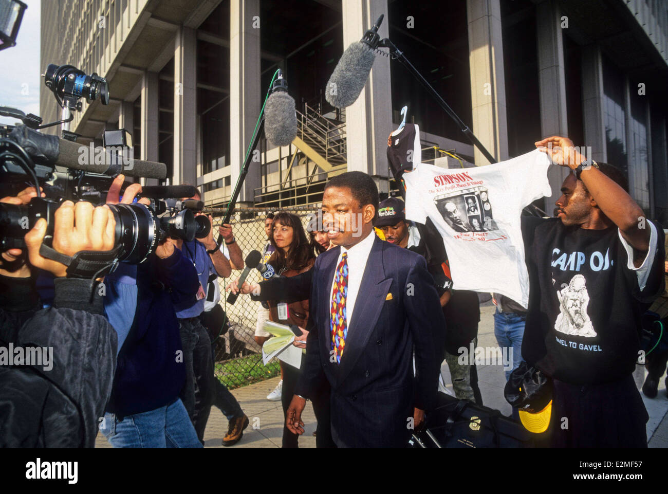 media and the oj simpson trial After a contentious and controversial trial, simpson was acquitted of both  murders on oct 3, 1995 on sunday, an interview was aired in which.