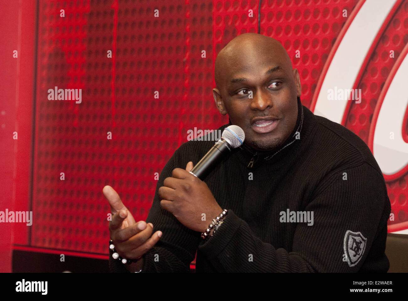 Stock photo the cast of standing in the shadows of love starring tommy ford and terisa griffin interview by v103 chicago s ramonski luv featuring tommy