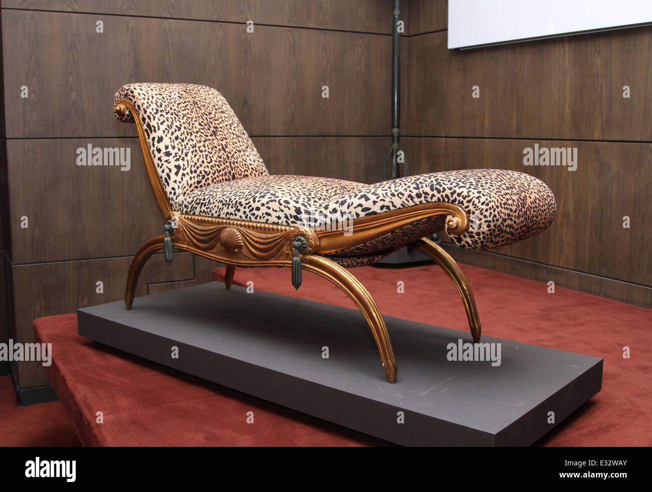 Auction of furniture from the collection of the Duchess of Alba