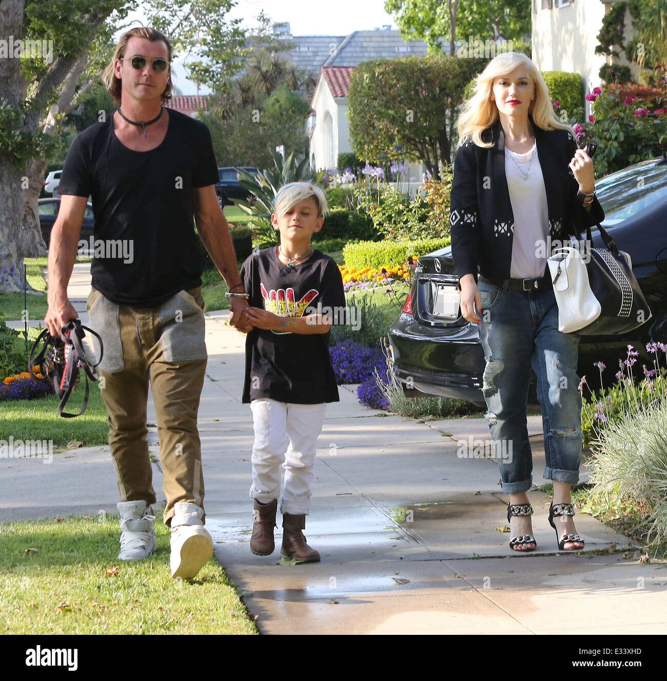 Gwen Stefani Leaving Her Mother's House With Gavin