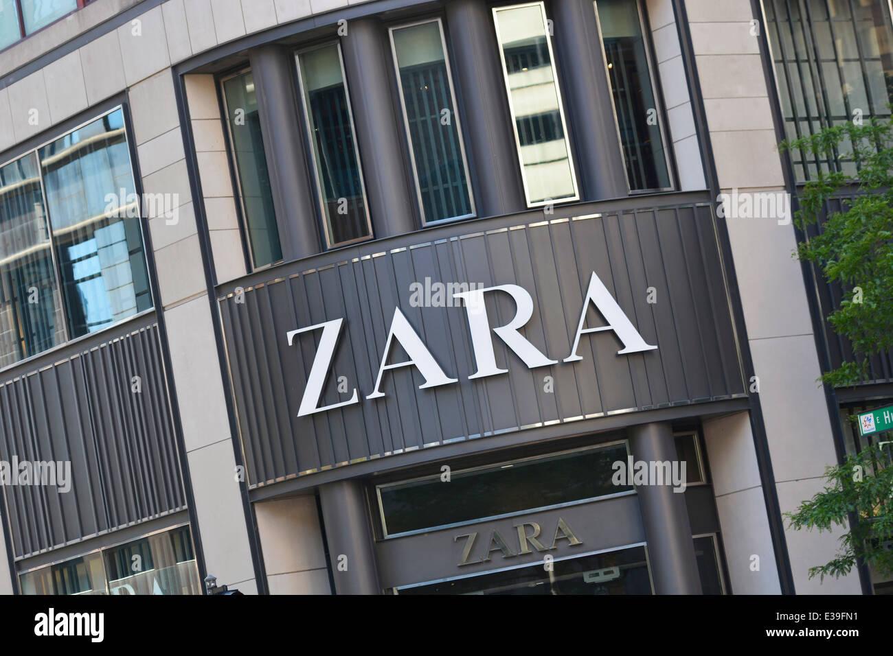 zara store shop entrance sign logo stock photo royalty free image 70895357 alamy. Black Bedroom Furniture Sets. Home Design Ideas