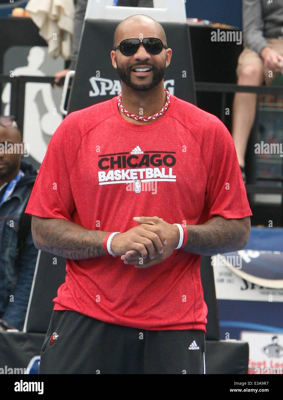 NBA superstar and Chicago Bulls power forward Carlos Boozer hosts