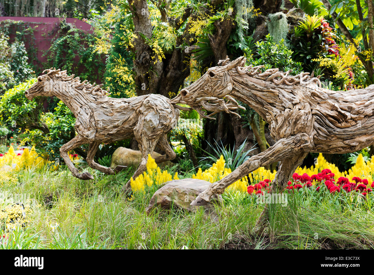 Horse Statues For Gardens - Home Design Ideas and Pictures